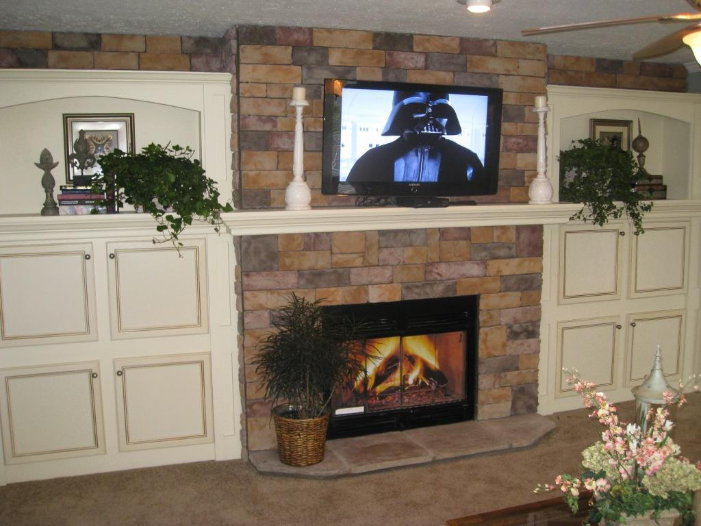 Fieldstone With Crown Mantel